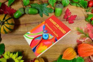 Hand in Hand: Love Poems/Alexandra Vasiliu
